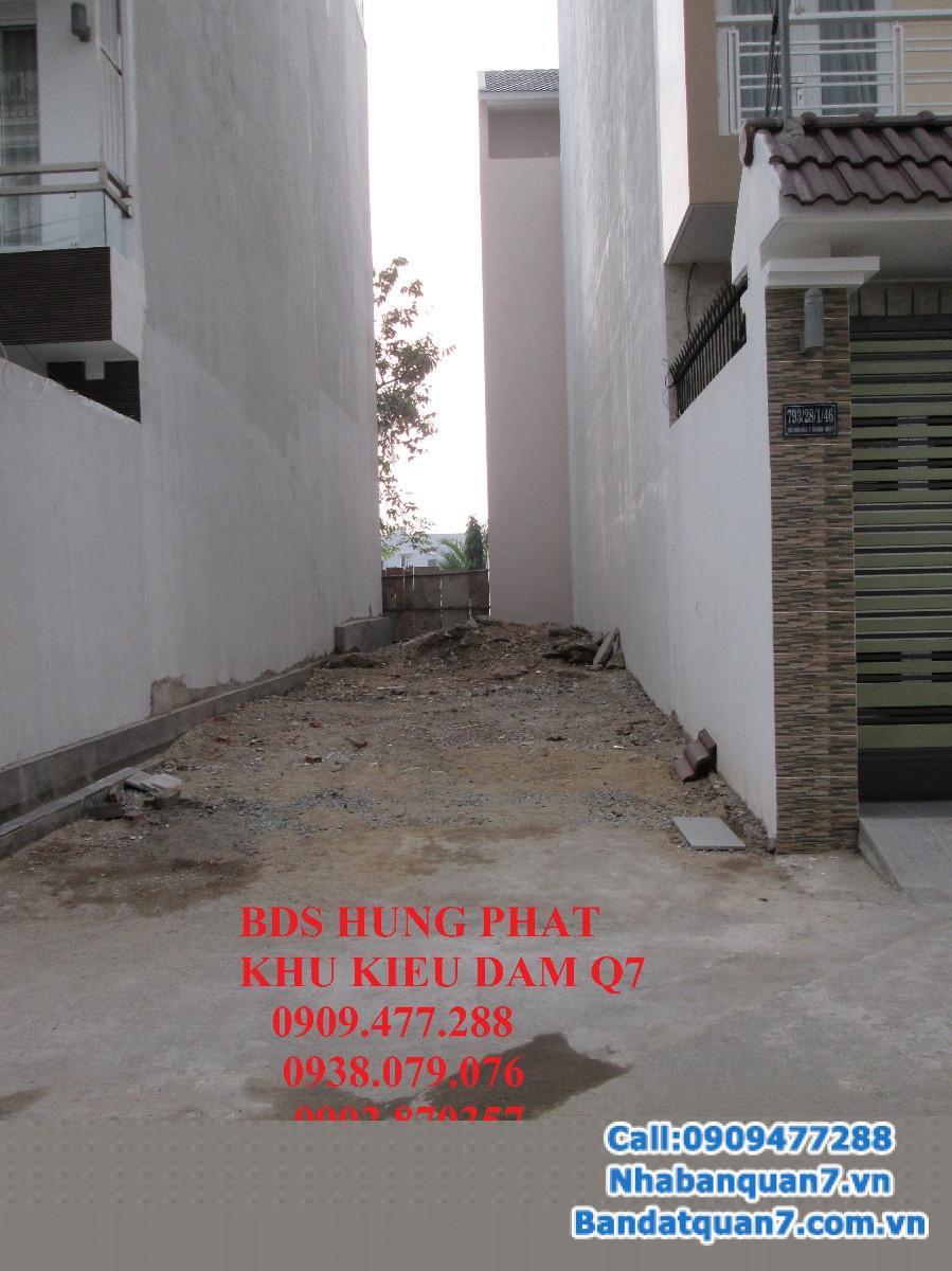Bán đất khu biệt thự Kiều Đàm quận 7, DT 28x18m, giá 50 triệu/m2