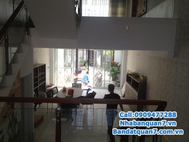 Bán nhà mặt tiền đường số 51,rộng 14m, P.Bình Thuận, Q7