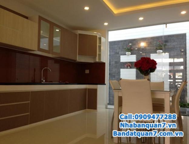 Bán nhà 4x18m khu An Phú Hưng, phường Tân Phong Q7. Hướng Đông Bắc