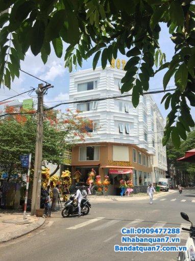 Cho thuê nhà phố khu Trung Sơn Bình Chánh căn góc nguyên căn giá thuê 24 tr/tháng