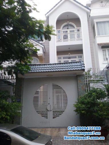 Bán gấp nhà mặt tiền Nguyễn Thị Thập, Quận 7, diện tích 10,5x34m