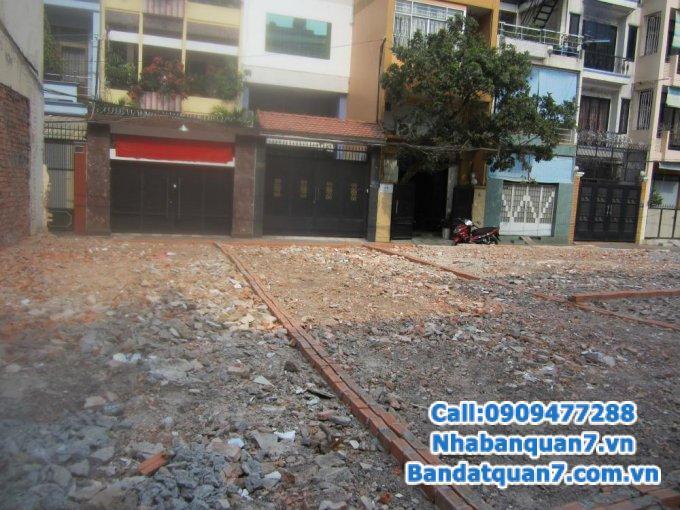 Bán đất hẻm 300 Nguyễn Văn Linh, P. Bình Thuận Q.7, dt 1007m2 , giá 30 tỷ.