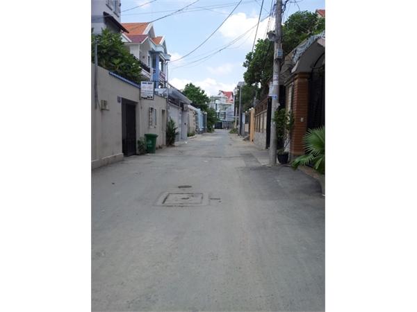 Cần bán gấp lô đất trong khu dân cư khu Kiều Đàm, quận 7, DT: 10x22m, 2 MT - LH 0909477288