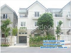 Cần bán biệt thự Him Lam Kênh Tẻ, DT: 10 x 20m, hướng Bắc, đường 12m, gồm 1 hầm xe hơi, 1 trệt, 2.5 lầu. Nhà nội thất dính tường, có thang máy, 5 phòng ngủ, toilet riêng.