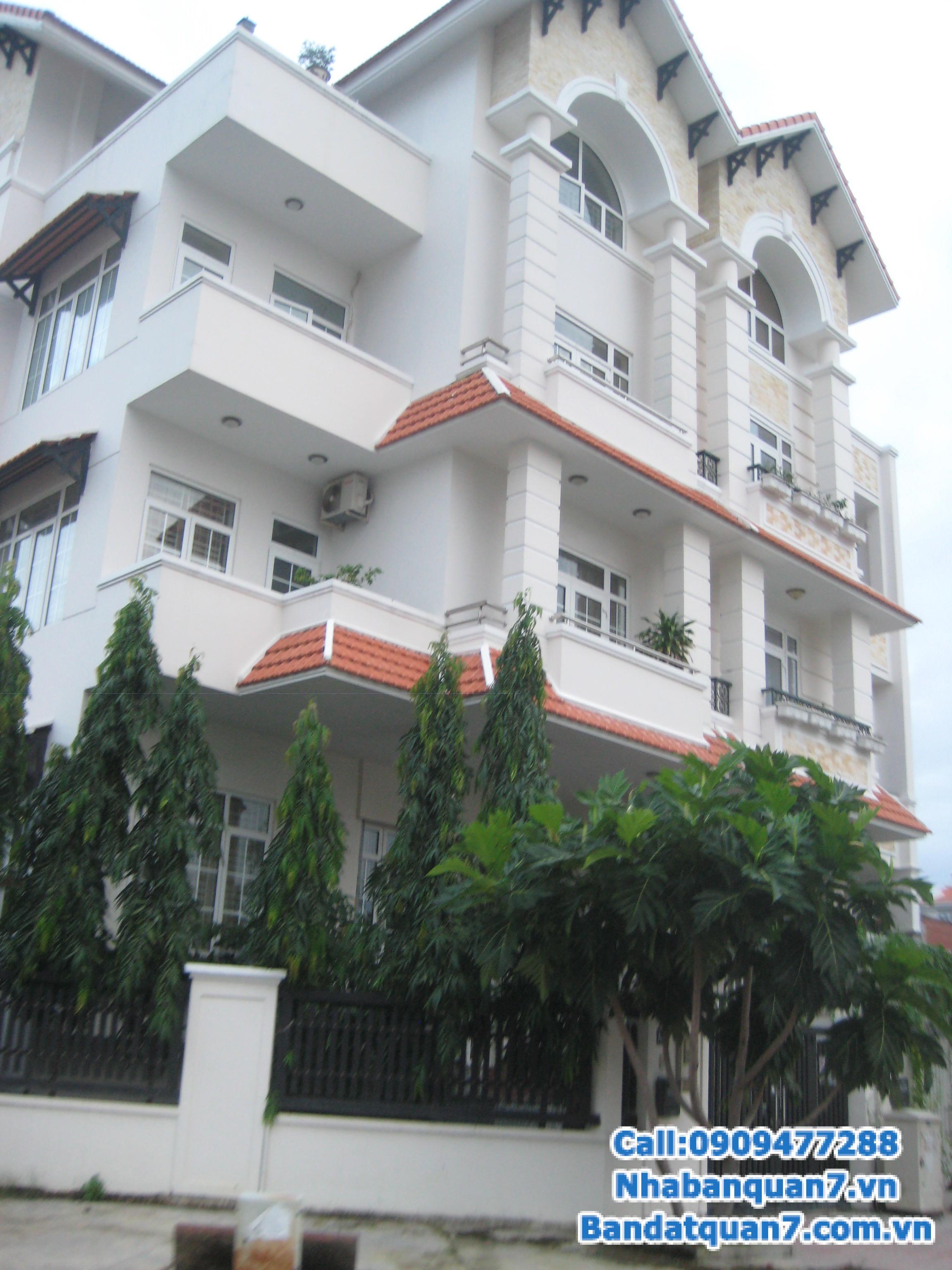 Cần bán biệt thự Him Lam, DT: 10 x 20m, hướng Bắc, đường 16m đi thẳng ra Nguyễn Hữu Thọ, nhà gồm 1 hầm xe hơi, 1 trệt, 2.5 lầu