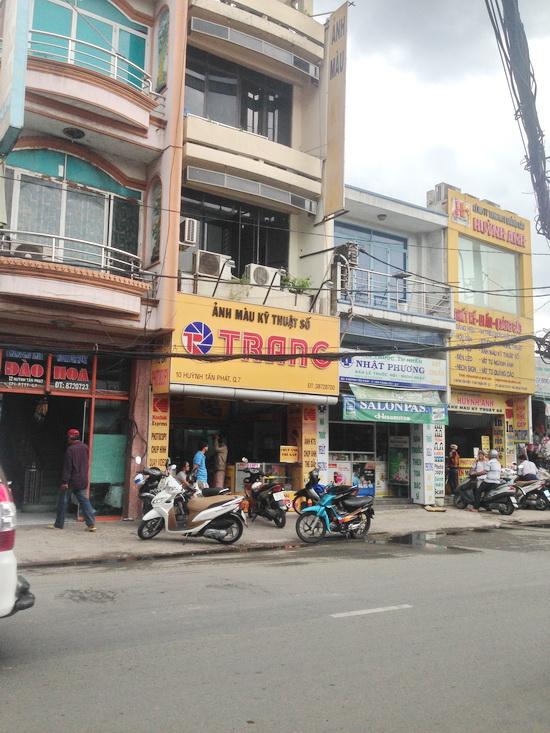 Bán nhà phố mặt tiền quận 7 đường Huỳnh Tấn Phát, F. TT Tây