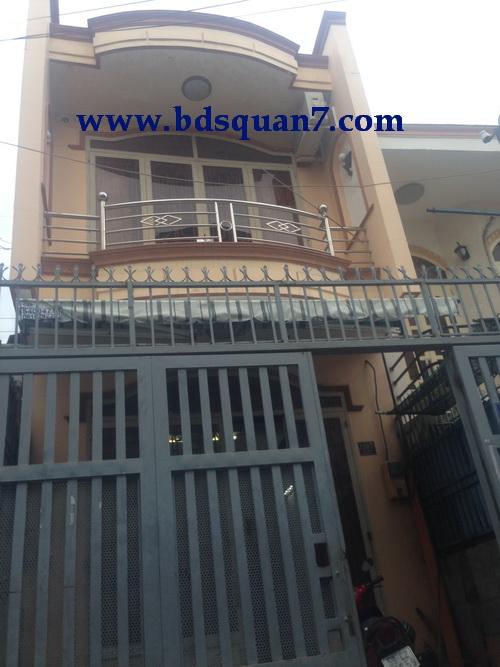 Bán gấn nhà 2 lầu quận 7 hẽm ô tô F. Tân Thuận Tây