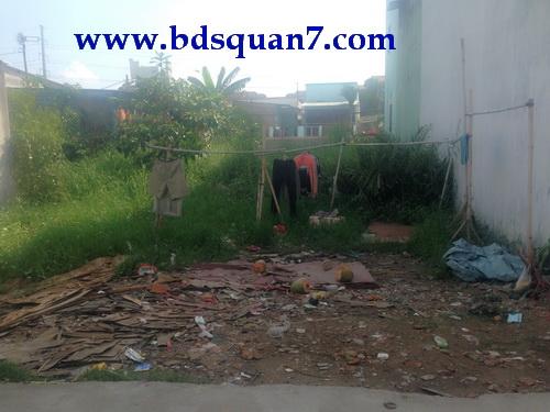 Bán nhà nát tiện xây dựng mới Hẽm 3m đường Huỳnh Tấn Phát quận 7