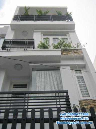 Bán nhà KDC An Phú Hưng, DT 4x16m nhà xây 1 trệt 3 lầu, hướng nam, đường 12m, mặt sau đường Nguyễn Thị Thập, sổ hồng, vị trí đẹp, giá bán 5.5 tỷ.