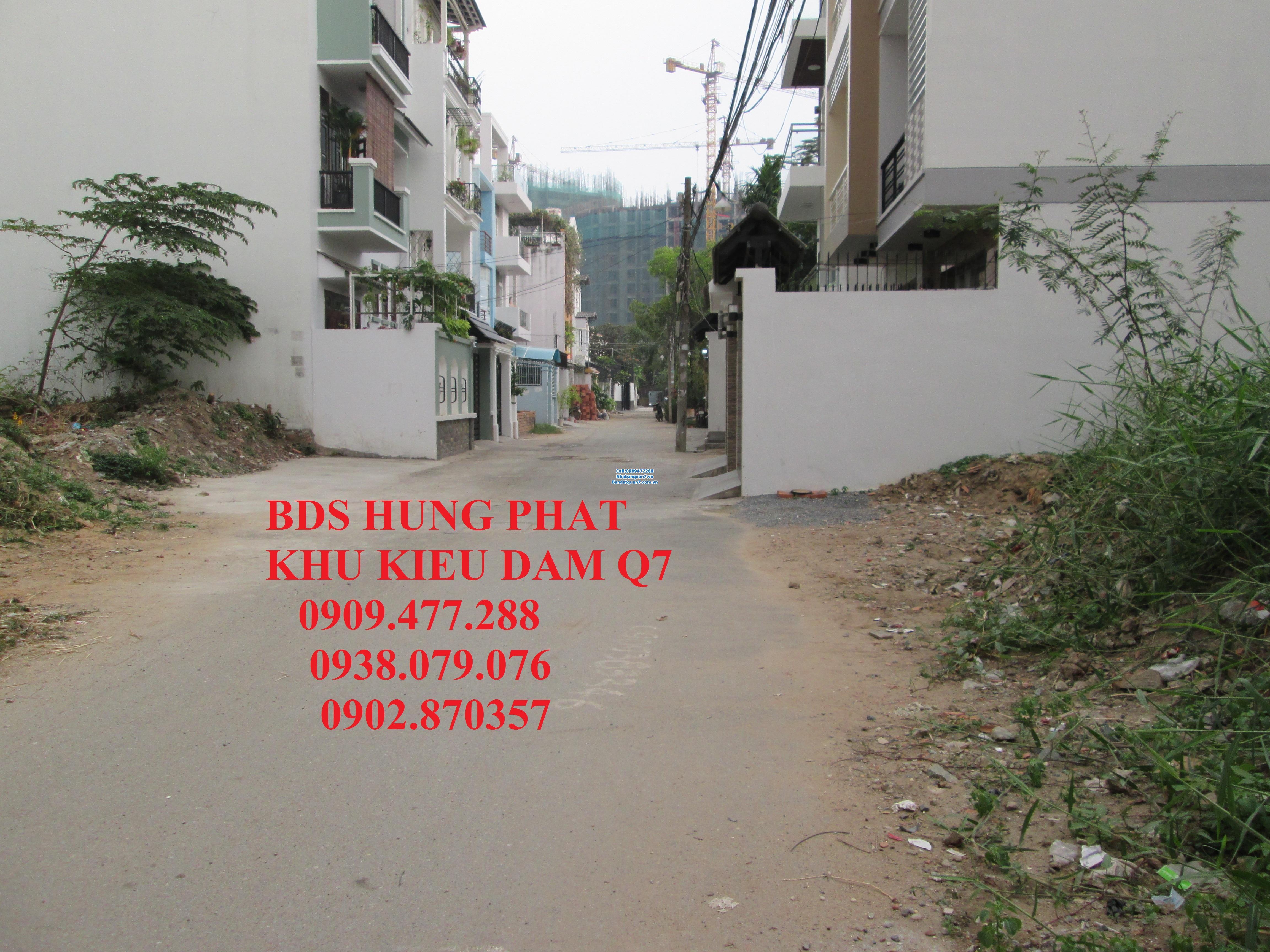Bán nhà HXH 8m, Kiều Đàm Phường Tân Hưng, Quận 7    - Diện tích : 5m x 12m. Căc góc 2MT, Giá 3,5 tỷ, Hướng Nam  Lh 0909477288