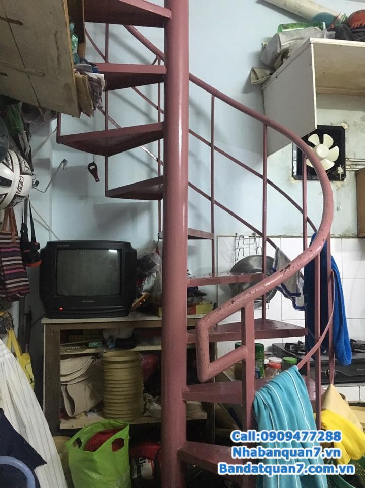 Bán nhà hẻm 645 Trần Xuân Soạn, dt 4x4m  hướng Nam giá 1 tỷ.Lh 0909477288