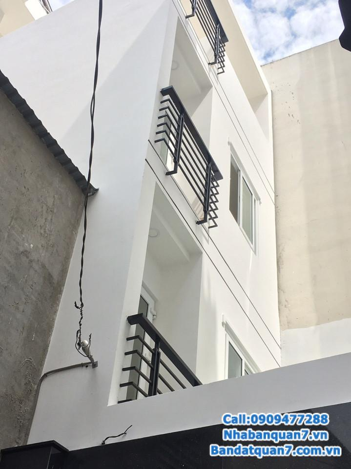 Bán nhà hẻm Nguyễn Thị Tần quận 8, diện tích 4,3x9m, giá 4,5 tỷ,   LH 0909.477.288