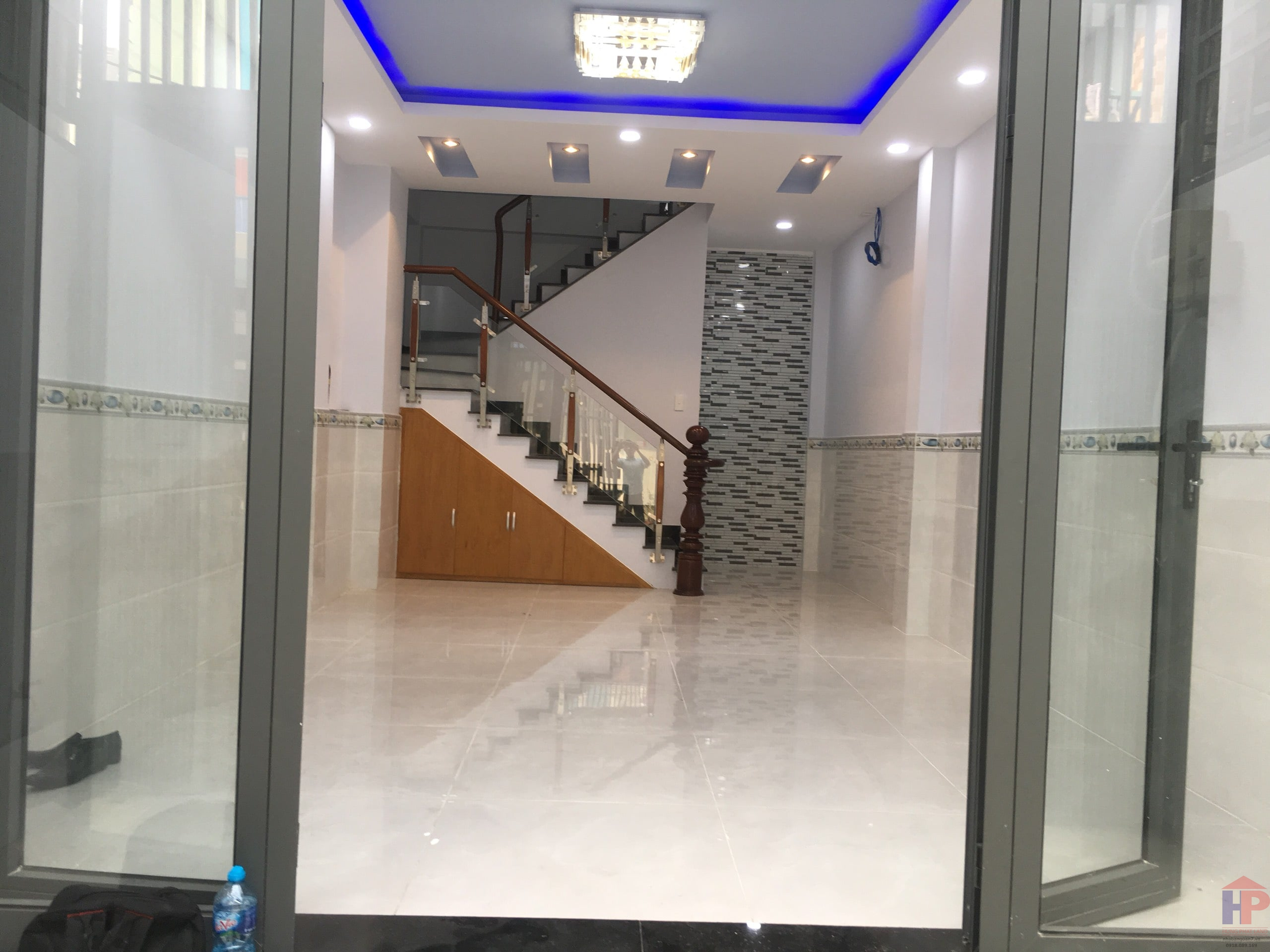 Bán nhà đường số 10 phường Tân Quy Quận 7, 1 trệt – 1 lửng – 2 lầu