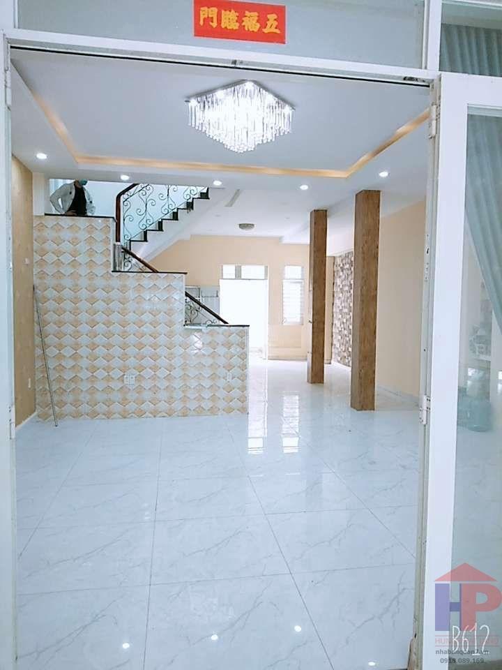 Bán nhà hẻm 502 Huỳnh Tấn Phát Phường Bình Thuận Quận 7, 1 trệt – 2 lầu