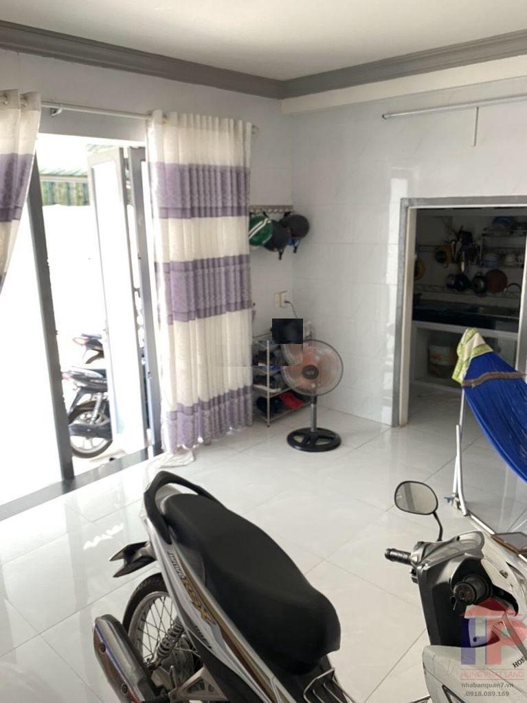 Bán nhà hẻm 380 Lê Văn Lương Q7, nhà cấp 4, DT 4x15m, giá 3.5 tỷ