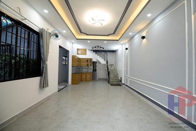 Bán nhà 156 đường Tân Mỹ, Phường Tân Thuận Tây, Quận 7, DT 4x10m, giá 5.75 tỷ