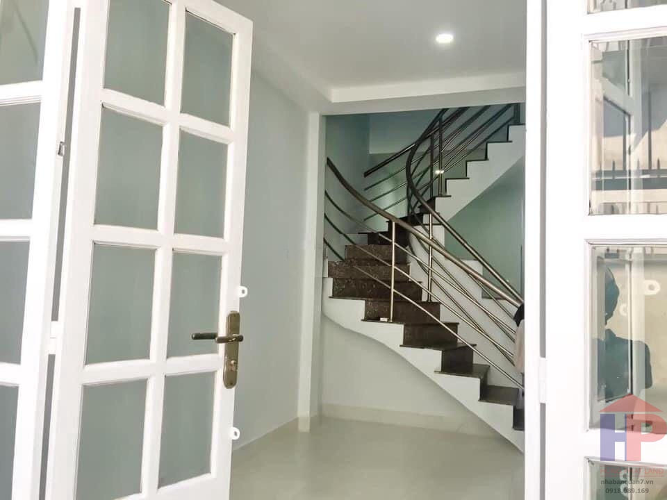 Bán nhà hẻm 1041 Trần Xuân Soạn Quận 7, 2PN – 2WC, DT 3.1x12m, giá 2.95 tỷ