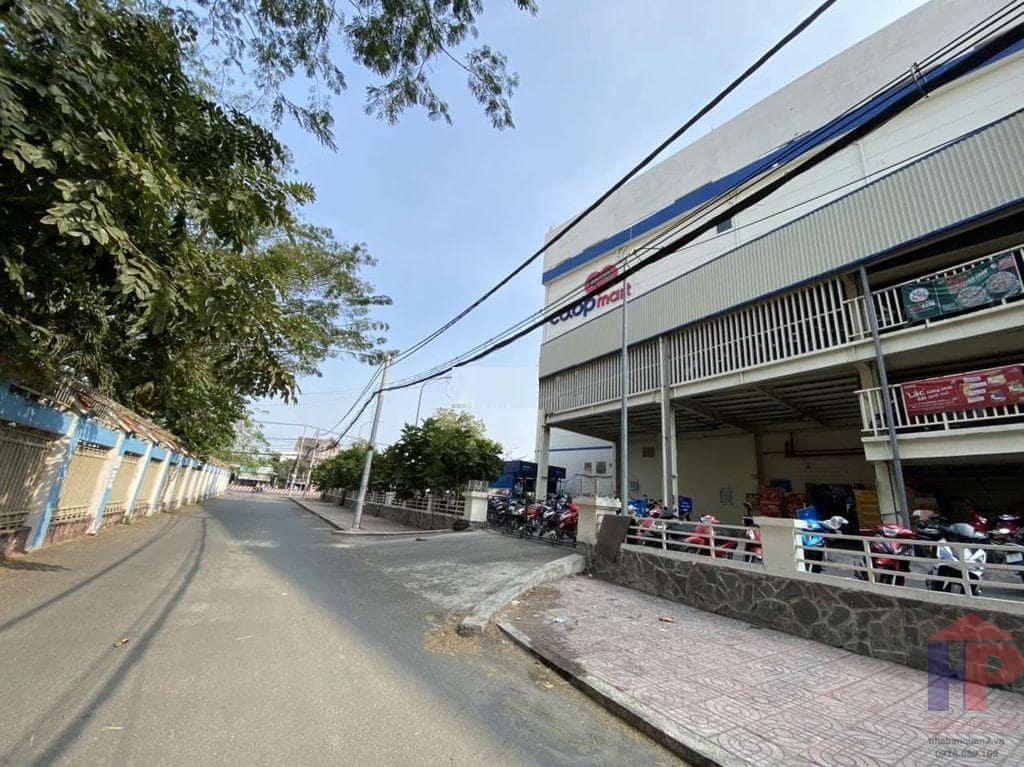 Bán đất 1360 Huỳnh Tấn Phát Q7, DT 4.6x12, giá 3.85 tỷ
