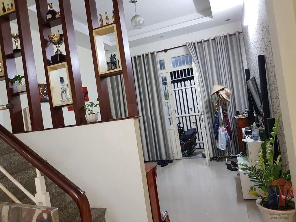 Bán nhà hẻm 1041 đường Trần Xuân Soạn Quận 7, 1 trệt – 1 lầu, DT 4.1x14m, giá 4.6 tỷ