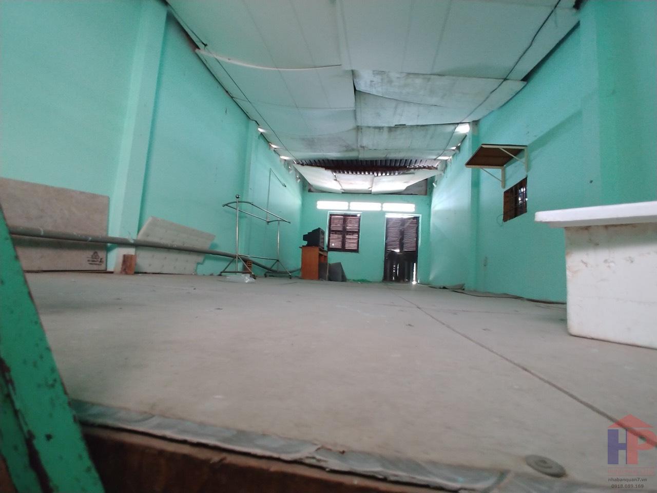 Bán nhà hẻm 944 Huỳnh Tấn Phát Quận 7, nhà cấp 4, DT 4x12m, giá 3 tỷ