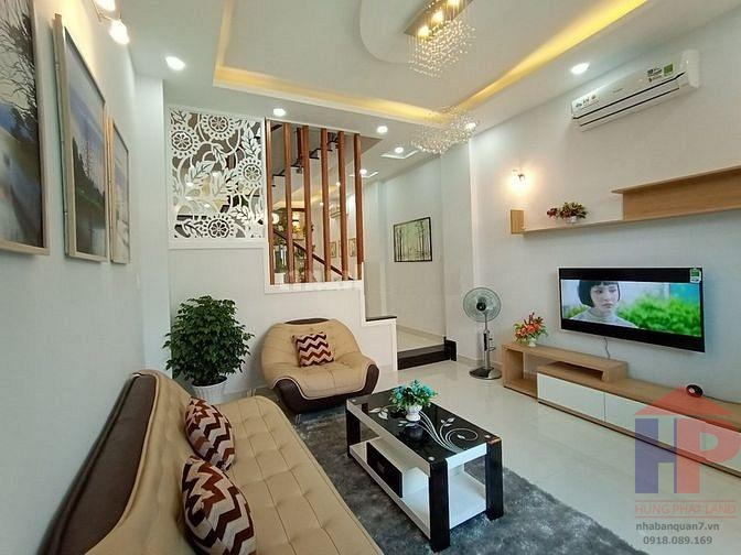 Bán nhà đường số 47 phường Tân Quy Quận 7, 1 trệt – 2 lầu, DT 167m2, giá 7.8 tỷ