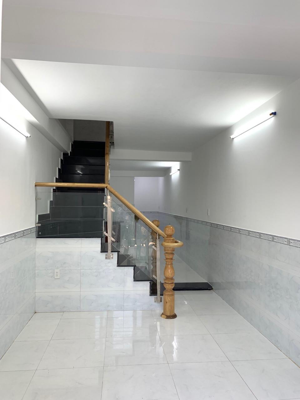 Bán nhà hẻm 861 Trần Xuân Soạn Quận 7 Giá Rẻ