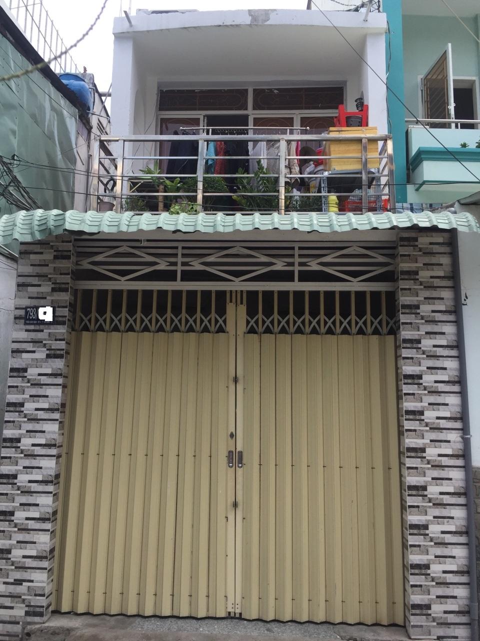Bán nhà hẻm 793 trần xuân soạn quận 7 dt 87 m2 lh 0907898478
