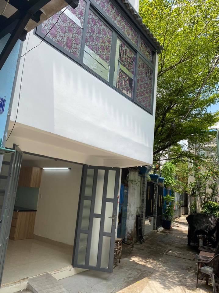 Bán nhà sổ hồng riêng đường trần xuân soạn quận 7 15 m2 2 lầu lh 0907898478