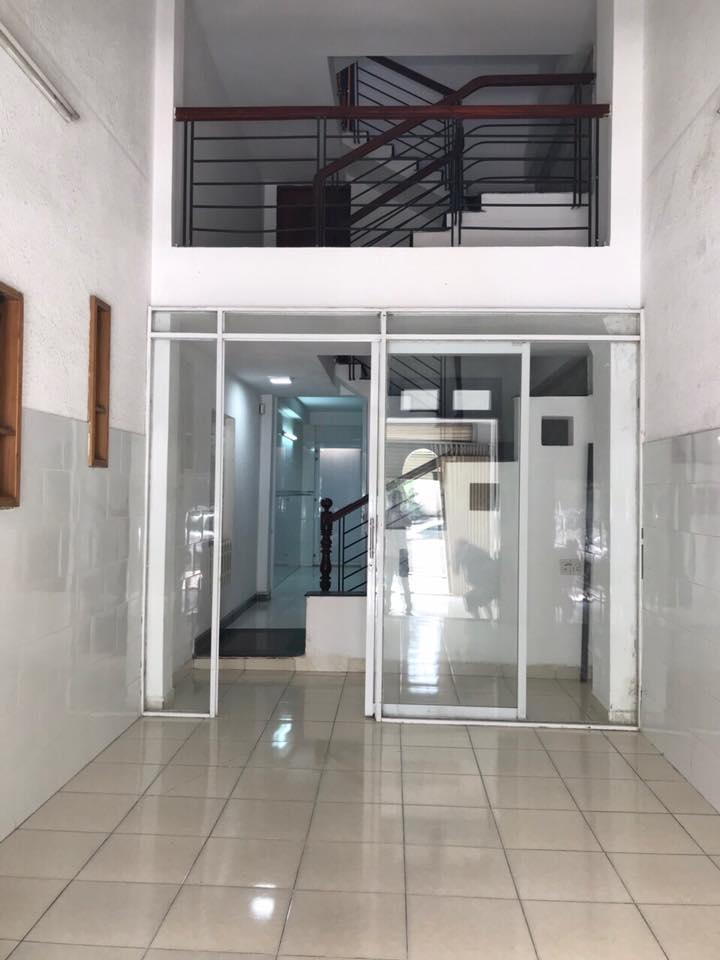 Bán nhà mặt tiền đường huỳnh tấn phát quận 7 2 lầu lh 0907898478