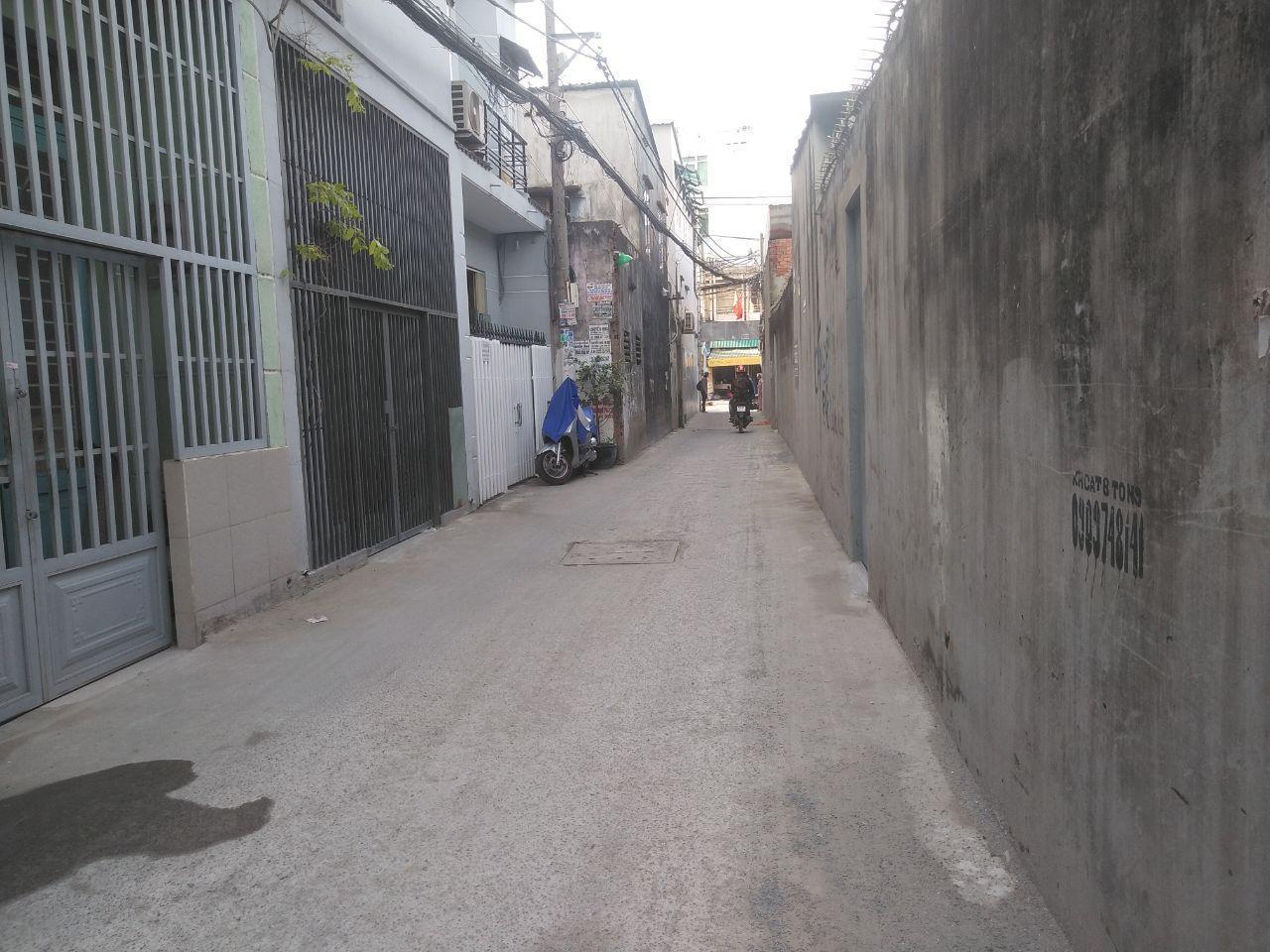 Bán nhà hẻm Huỳnh Tấn Phát