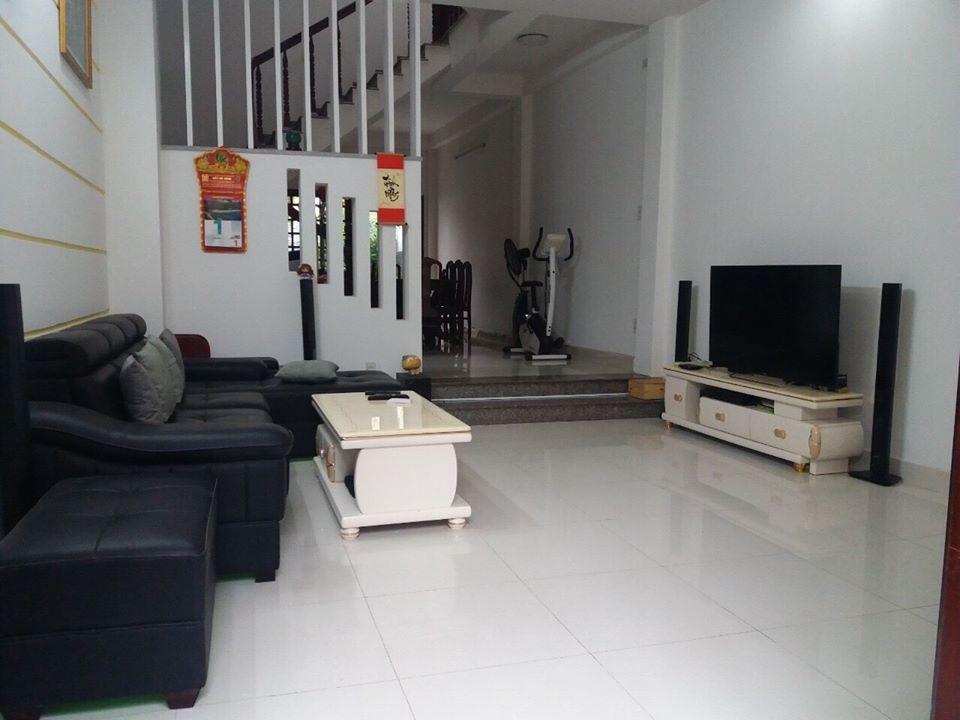 Bán nhà hẻm 1113 huỳnh tấn phát phường phú thuận quận 7 lh 0909645116