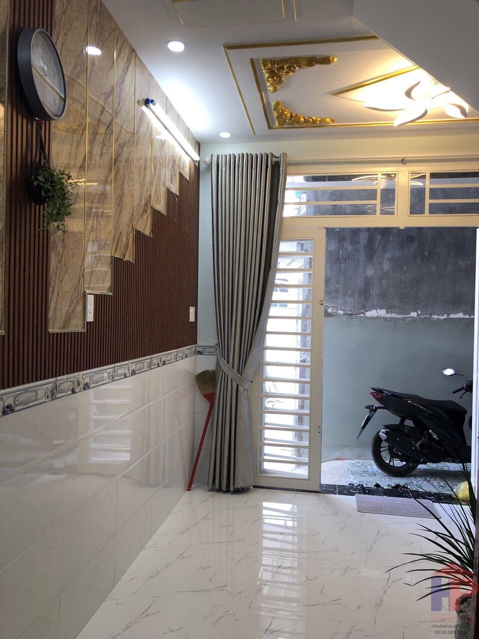 Bán nhà hẻm 2295 Huỳnh Tấn Phát thị trấn Nhà Bè DT 3.6mx8m Giá 1.15 tỷ LH 0909477288