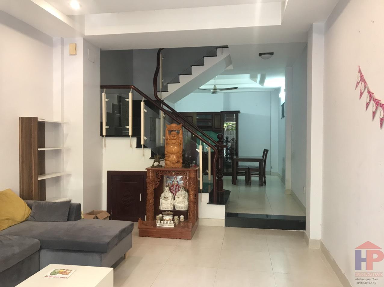 Cho thuê nhà phố khu dân cư Biệt thự Kiều Đàm, Phường Tân Hưng, Quận 7 DT: 4x16,5m Giá: 25tr/th thương lượng LH 0909477288