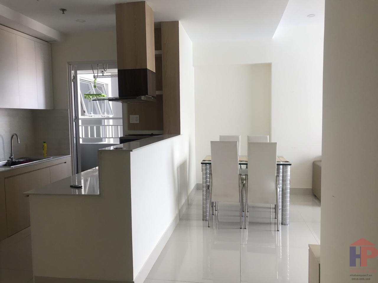 Cho thuê căn hộ Sunrise City North, Nguyễn Hữu Thọ, Phường Tân Hưng DT 76m2 Giá 15 triệu/tháng LH 0909477288