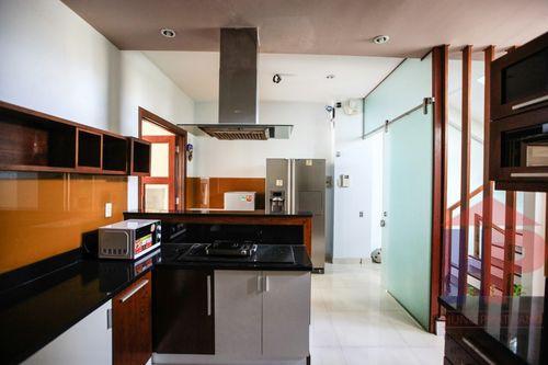 Bán nhà mặt tiền Lê Văn Lương, Phường Tân Hưng DT 302 m2 Giá: 45 tỷ thương lượng LH 0909477288