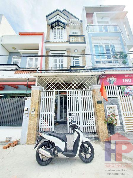 Bán Nhà Mặt Tiền Hẻm Xe Hơi đường Nguyễn Thị Hương, TT Nhà Bè DT 4x14m Giá 4.7 tỷ LH 0909477288