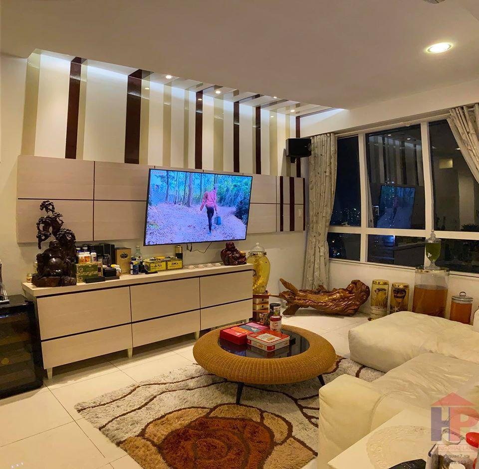 Bán căn hộ Sunrise City View, Nguyễn Hữu Thọ, Phường Tân Hưng DT 74m2 Giá 3,3 tỷ LH 0909477288