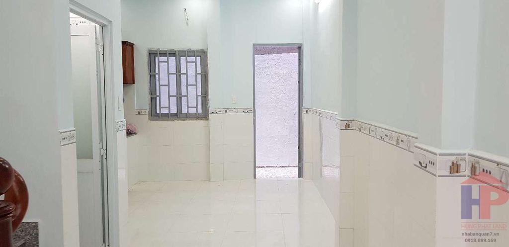 Bán nhà hẻm 30 Lâm Văn Bền,phường Tân Kiểng quận 7 DT: 4x11 Giá: 3.6 tỷ thương lượng LH 0909477288