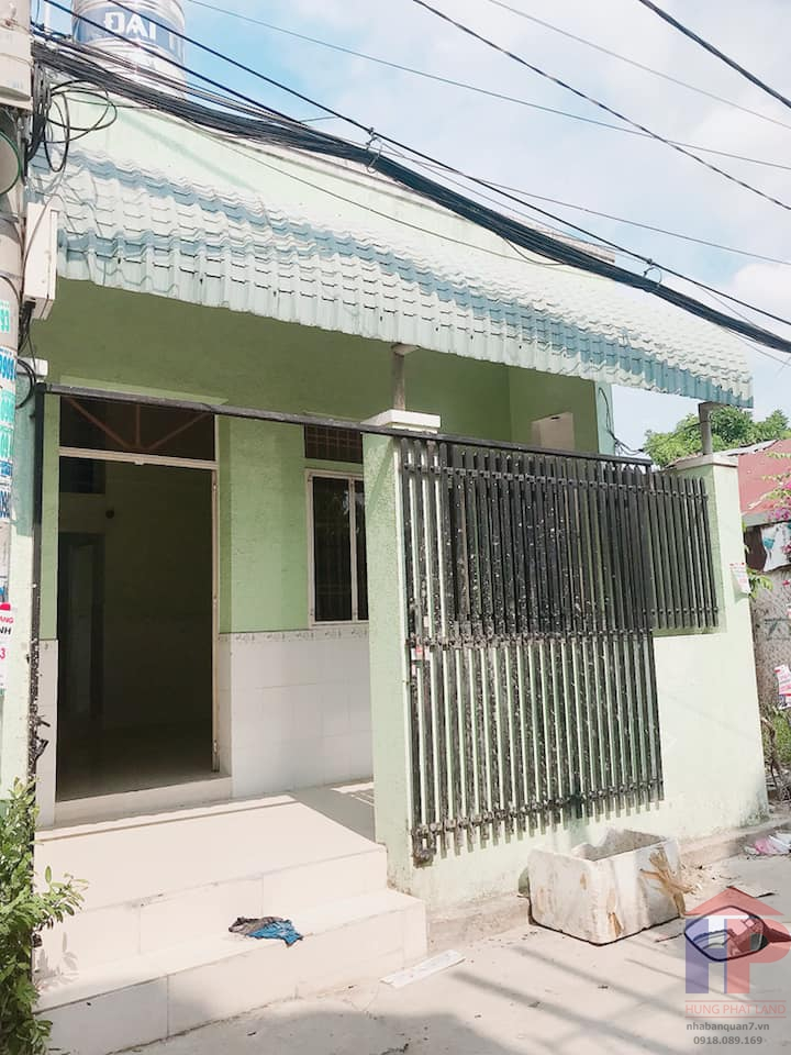 Nhà bán hẻm xe hơi 1716 Huỳnh Tấn Phát, Nhà Bè DT 9,3m x 11m Giá 4,1 tỷ LH 0909477288